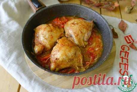 """Куриные бёдра, запечённые в соусе """"Лечо""""  Куриные бёдра, запечённые в соусе """"Лечо"""". Простое в приготовлении, вкусное, ароматное блюдо, как для будней, так и для праздников.  Источник: https://www.povarenok.ru/recipes/show/167654"""