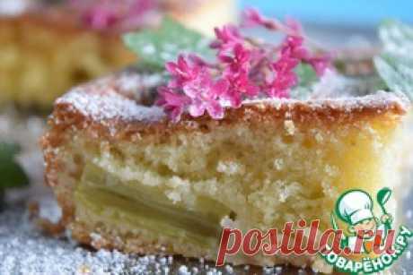 Простой пирог из ревеня - кулинарный рецепт