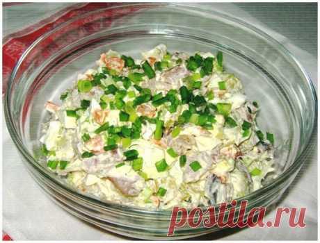 Салат «Прибой» с селедочкой — проверенный всеми подругами простой и очень вкусный рецепт! - Супер шеф
