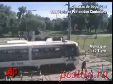 Жуткие моменты с поездами!!! (счастливчики) - YouTube