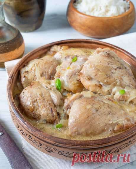 Очень нежная, сочная, окруженная ароматной подливой Курица по-Кабардински