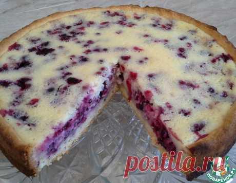 Ягодный пирог со сметанной заливкой – кулинарный рецепт