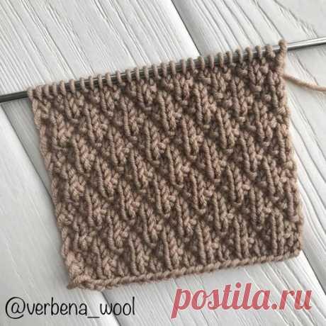 Отличный рельефный узор для шапки, снуда или шарфа от @verbena_wool