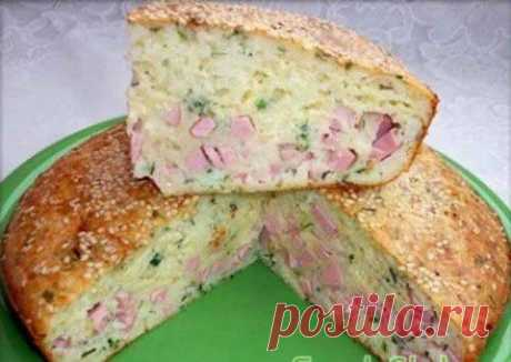 Заливной пирог с сыром и колбасой | Домашняя кулинария