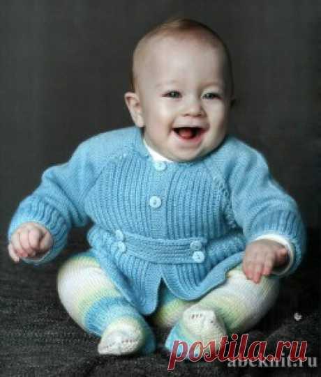 Вязаный жакет для мальчика | Вязание спицами и крючком – Азбука вязания