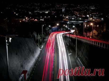 City lightrails / 500px