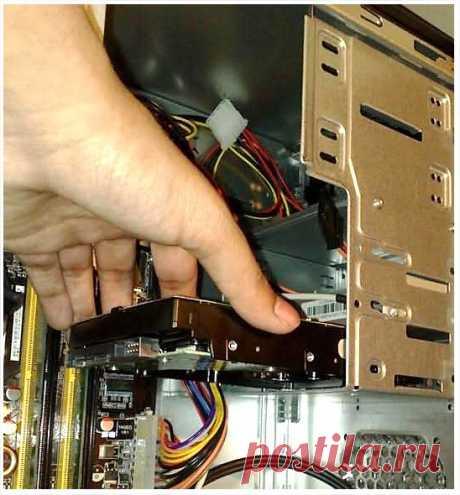 Как подключить второй жесткий диск к компьютеру? Легко!
