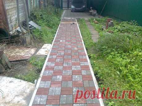 Строю сам. Укладка тротуарной плитки. Что с ней стало спустя 7 лет. | Home_garden_handmade | Яндекс Дзен