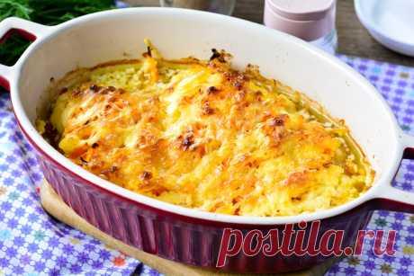 Курица по-московски - оригинальное блюдо из простых продуктов Курица по-московски – это вкусное и питательное блюдо. Куриное мясо – всегда популярно за столом, в том числе и праздничным.