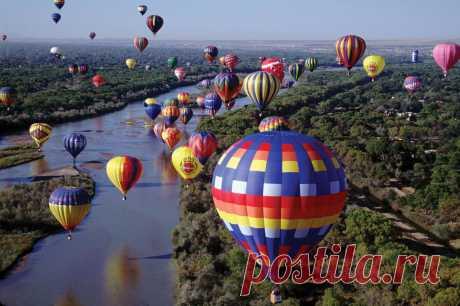 Фестиваль воздушных шаров Удивительные видео с фестиваля воздушных шаров в Альбукерке, США.