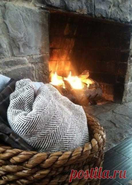 — Доктор, я постоянно хочу под одеялко и горячий чай. — У Вас декабрь!
