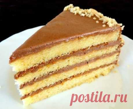 Cake Masha\u000aIngredients:\u000a2 eggs\u000a1 bank of condensed milk\u000a150 gr butter (it is possible margarine)\u000a1 glass of flour\u000a1 h l. baking powder\u000a1 bank of condensed milk (for cream)\u000a150 gr butter (for cream)\u000a1 tablespoons of cocoa (for cream)\u000a1 tablespoons of rum or cognac (for cream)\u000aPreparation:\u000aTo pound soft butter with condensed milk, to add eggs, flour and a baking powder.\u000aIt is good to mix everything, dough has to it will turn out not dense as sour cream.\u000aDepending on the form size to bake 3 or 4 to