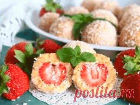 Клубничные десерты без выпечки. 10 рецептов
