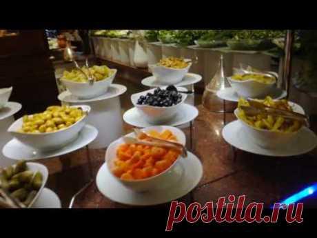 Что готовят на ужин в Мардан Паласе в Анталии