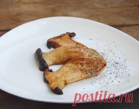 ktaara — Сэсони посос поккым (새송이버섯볶음) - жареные грибы эринги