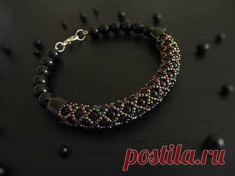 Стильный браслет или колье в благородном черном цвете