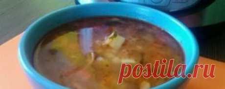 Рассольник с грибами в мультиварке - рецепт с фото Рассольник, это блюдо русской национальной кухни. Предлагаю вам приготовить рассольник с грибами в мультиварке. Блюдо готовится быстро, а вкус получается б