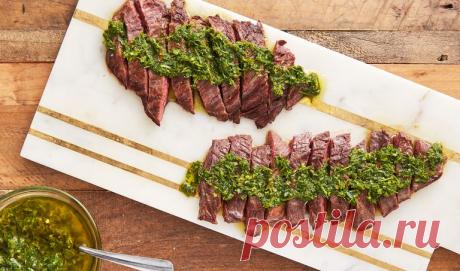 К первомайским шашлыкам - аргентинское мясо с чимичурри-соусом. | DiDinfo | Яндекс Дзен