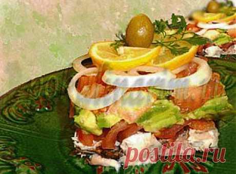 Салат авокадо с рыбой | Покулинарим - Время  Есть