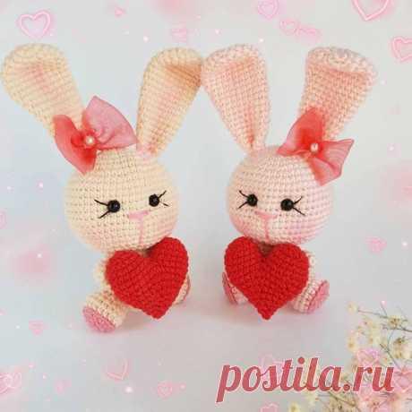 Зайка с сердечком валентинка крючком | Hi Amigurumi