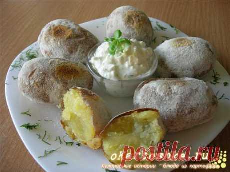 Печеный картофель с творогом. | Печеный картофель с творогом — вкусное и интересное блюдо из картофеля. Хорошо подходит для праздничного стола или для завтрака школьникам. У нас в семье давно все любят любые приготовления картофельных блюд.