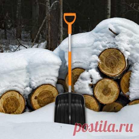 Чем сейчас можно заняться на даче? ⛄ 🎿 🛷 – это прекрасно! Но есть и другие дела – менее веселые, но очень нужные. Предлагаем обсудить, какие инструменты понадобятся для их выполнения. ❄ Лопата для уборки снега. Если нужно расчистить дорожку от ворот до дома, возьмите обычную снеговую лопату. Лучше пластиковую с металлической кромкой: она и весит мало, и служить будет долго. Требуется убрать наледь? Используйте ледоруб-топор. Ну а если предстоит потрудиться на большой площади, пригодится…