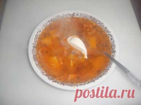 La sopa fasolevyy con potroshkami