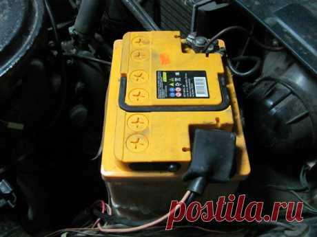 Что показывает и как определить полярность автомобильного аккумулятора