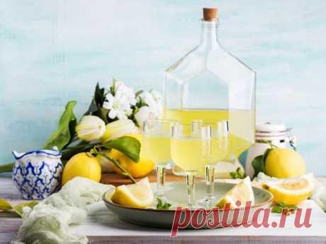 Як приготувати лімончелло? Рецепт покроково в домашніх умовах | Телеканал СТБ Рецепт лімончелло в домашніх умовах дуже простий. Читайте, як приготувати смачний лімончелло вдома, який буде не гірше фабричного.