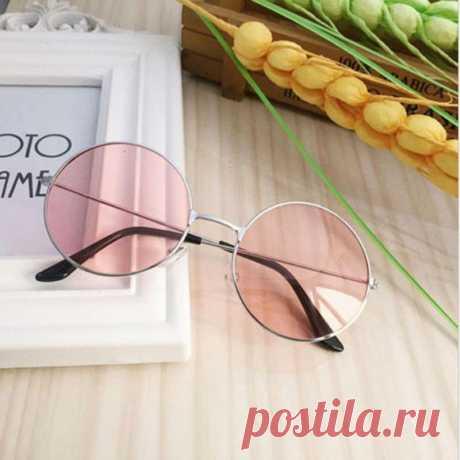 Круглые очки от солнца с серебристой оправой и розовой линзой за 160 грн. | Шафа