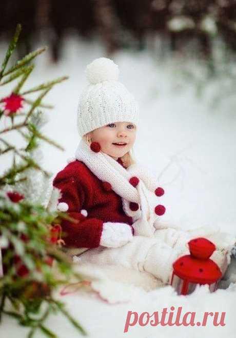 👌 17 идей для детской зимней фотосессии, увлечения и хобби Фотографировать детей легко. Они эмоциональны и непосредственны и не пытаются натянуто улыбаться. В то же время, фотографировать детей сложно. Их трудно заставить посидеть на одном...