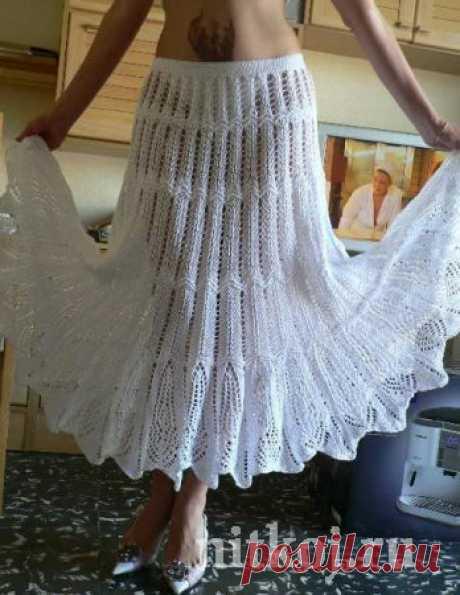 Белая юбка спицами