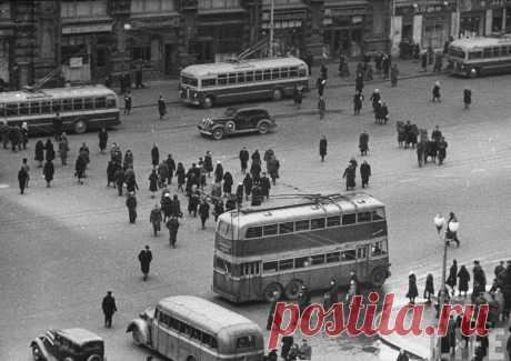 Как двухэтажные автобусы потерпели фиаско в Советском Союзе . Тут забавно !!!