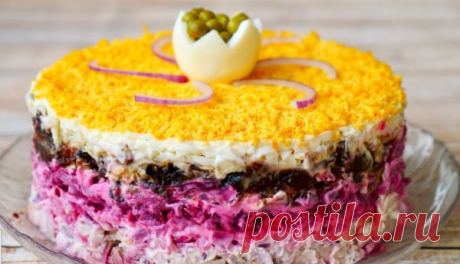 Вкуснейший слоеный салат «Граф» со свеклой и курицей