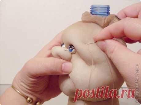 Кукла из бутылки и капронового носка — Сделай сам, идеи для творчества - DIY Ideas