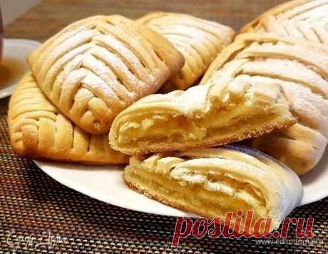 Итальянское песочное пирожное. Ингредиенты: молоко, сливочное масло, мука