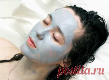 10 máscaras para la persona, que haréis fácilmente | Yo Amable Estas máscaras ayudarán rápidamente decidir los problemas más difundidos con la piel. ¡Todos los productos se encontrarán a usted en la cocina! 1. De los granos Hagan el puré del plátano y la miel, habiéndolos mezclado en las proporciones iguales. Ponéis es-punteado o a toda la persona: el zinc y la vitamina C como parte de la máscara quitan las inflamaciones y reducen las rubefacciones, exfolian superfluo y devuelven a la piel la salud. 2. De los asteriscos vasculares No existe, la imagen mágica ellos, claro, no ische...