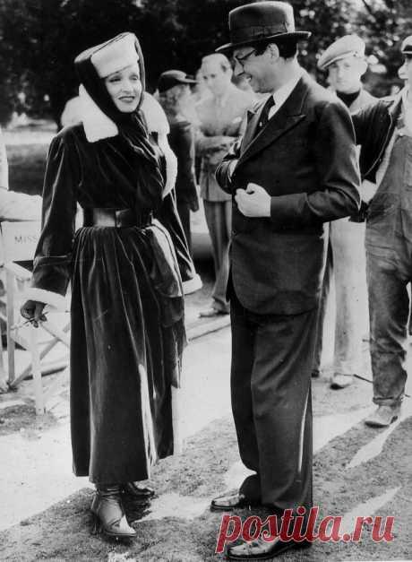 1936. Марлен Дитрих с его режиссером Александром Корда на киностудии в Лондоне