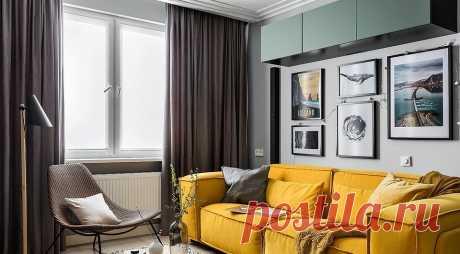 Модные шторы в гостиную в современном стиле (52 фото) Правильно подобранные шторы могут замаскировать недостатки и подчеркнуть достоинства помещения. Рассказываем, какие модели наиболее актуальны для современной гостиной в этом сезоне.