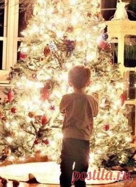 Пусть уходит старый год, унося с собой несчастья, а новый больше принесет здоровья, радости и счастья 💫