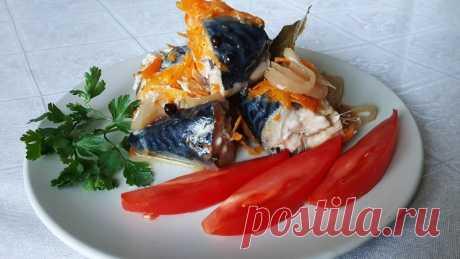 Скумбрия с овощами в банке в духовке Скумбрия с овощами в банке в духовке —  надежный способ приготовления рыбы с собственном соку. Минимум затрат вашего времени, а рыбка получается очень вкусной как в горячем, так и в холодном виде.Ингредиенты:скумбрия – 650 г.;морковь – 1 шт.;лук репчатый – 1 шт.;масло растительное –...