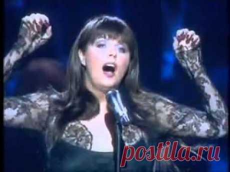"""▶ Sarah Brightman & Antonio Banderas """" The Phantom Of The Opera"""" - YouTube"""