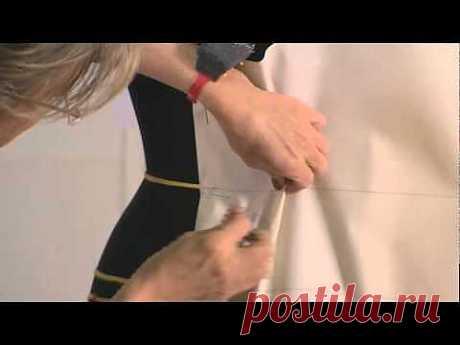 Видео о работе в мастерских Дома Диор .
