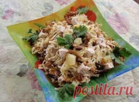 Сытный салат к Новогоднему празднику
