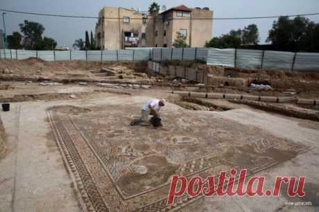 Древняя мозаика Лода