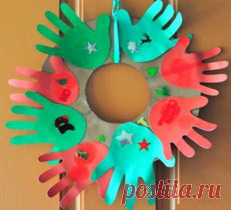 Как сделать своими руками рождественский венок из бумаги? Скоро наступят долгожданные зимние каникулы. Сколько будет радости да счастья! Рождество —...