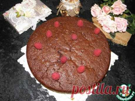 """Пирог для взрослых """"Пьяный шоколад"""" Об этом никто и подумать не мог, что пьяным бывает десертный пирог! Он мега еще шоколадный такой! Воздушный, чуть влажный, немного хмельной! А с малиной, ежевикой, или вишней просто класс! Наш рецепт совсем не лишний! Только, взрослые, для вас! Источник: https://www.povarenok.ru/recipes/show/158778"""