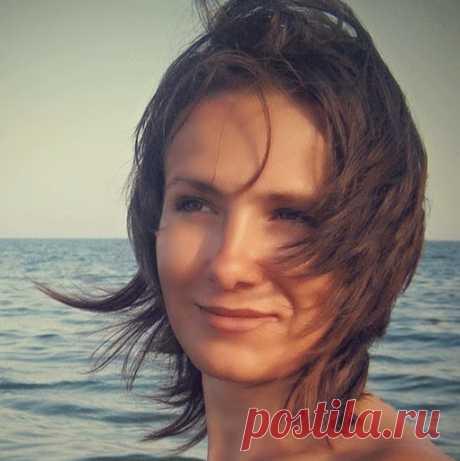 Алена Мамонт