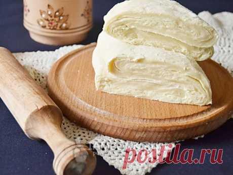 Слоеное бездрожжевое тесто — рецепт с фото