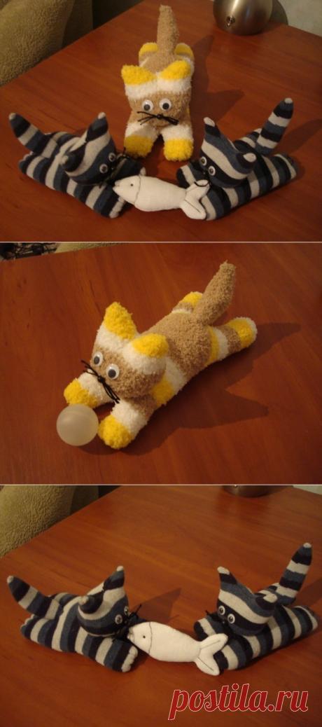 Шьем прикольных котят из носков